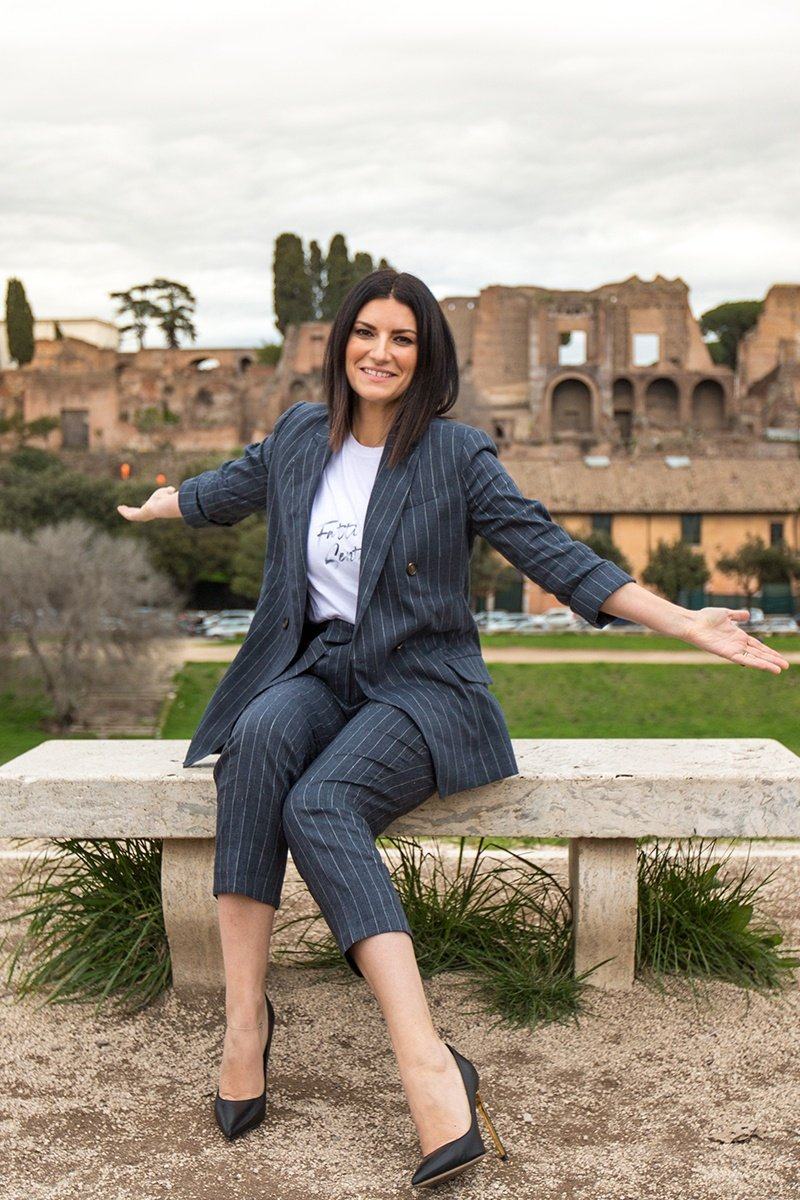 Laura Pausini Fatti Sentire Life&People Magazine lifeandpeople.it