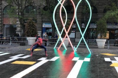 Smart square spiderman piazza castello Milano-2