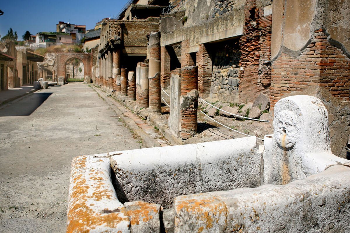 Ercolano scavi archeologici Life&People Magazine lifeandpeople.it