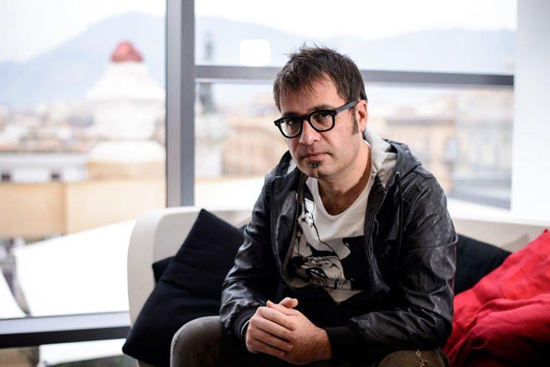 Vincenzo Callea uno dei dj-producer italiani più stimati per l'house music Life&People Magazine lifeandpeople.it
