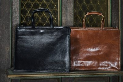 Camaleontico, eclettico e multifunzionale, gli accessori proposti da Florence Leather Market sono davvero il fiore all'occhiello che completa l'abbigliamento.Life&People Magazine lifeandpeople.it