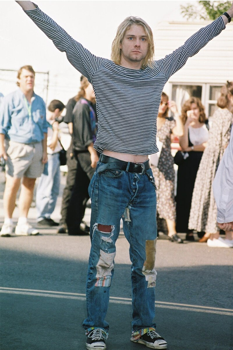 Kurt Cobain in Ripped Jeans, 1992 - Life&People Magazine