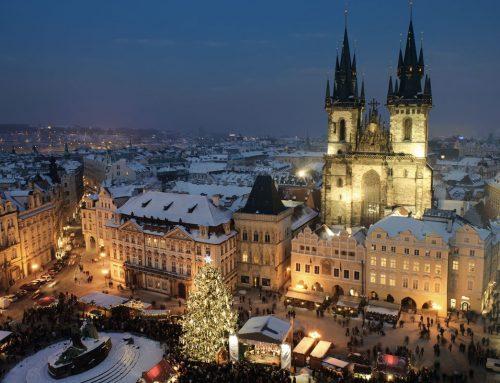 Mercatini a Budapest tra luci e colori: il Natale continua