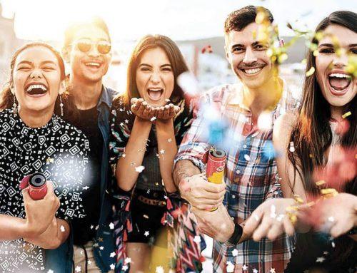 Social Media: feste esclusive ed eventi alla moda, basta un'app per socializzare