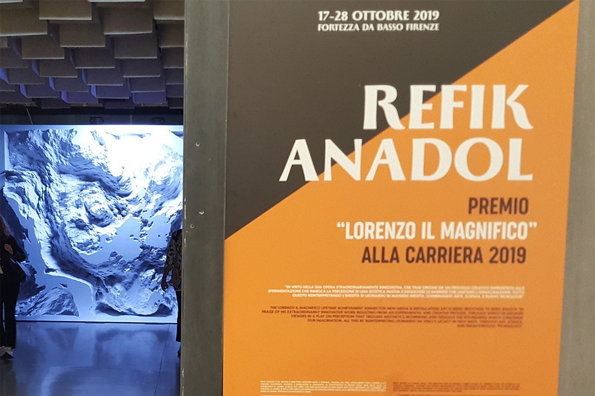 Stand di Refik Anadol - XII Biennale di Firenze - Life&People Magazine lifeandpeople.it