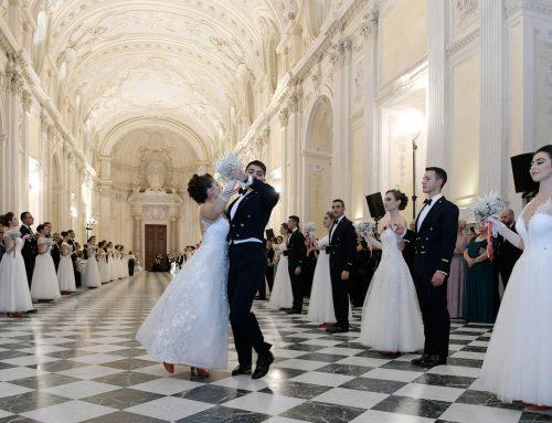 Ballo delle Debuttanti: fascino e solidarietà alla Venaria Reale