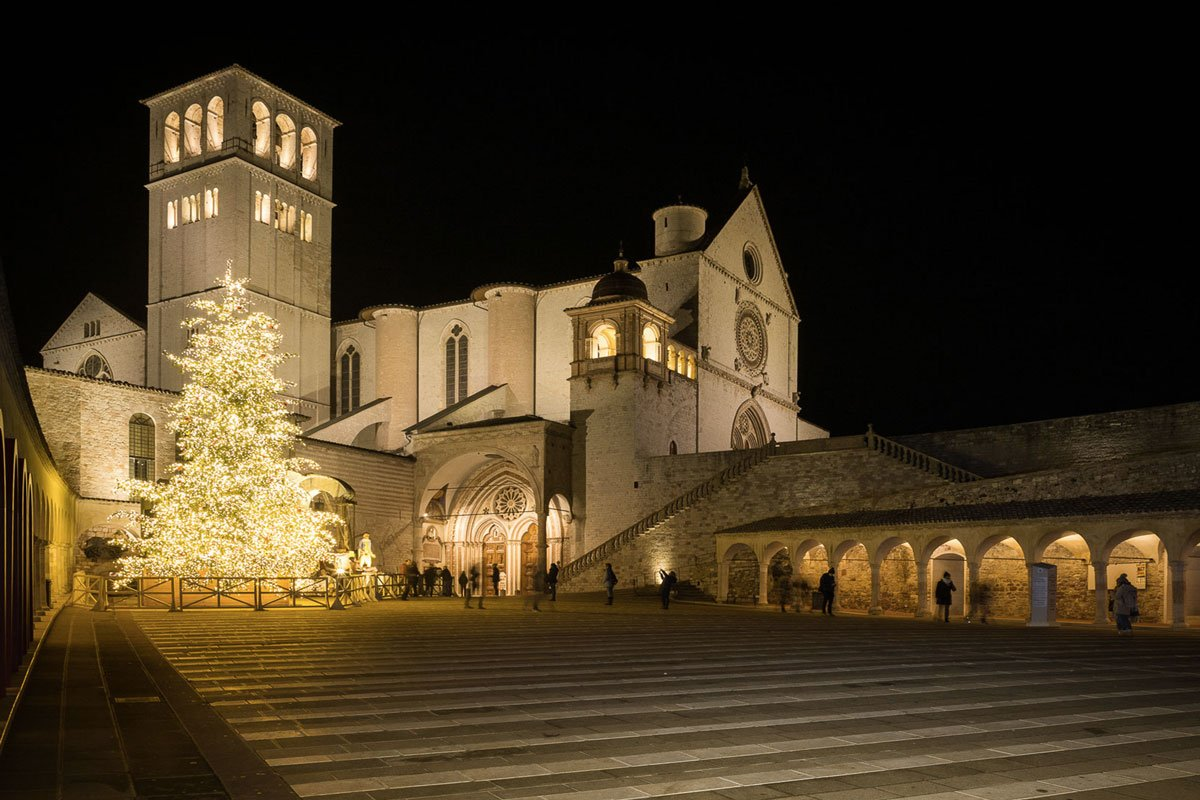 Terzo Paradiso Bosco Incantato Assisi Life&People Magazine lifeandpeople.it