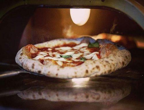 Pizza allo champagne: a Parigi il pizzaiolo italiano che ha cambiato il modo di fare cucina