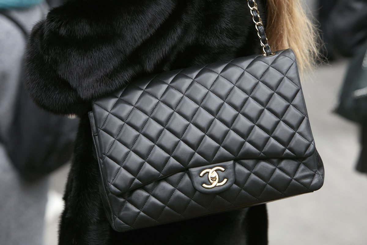 Chanel It Borse.Borsa Chanel 2 55 L Iconic Bag Su Cui Puntare Lifeandpeople It