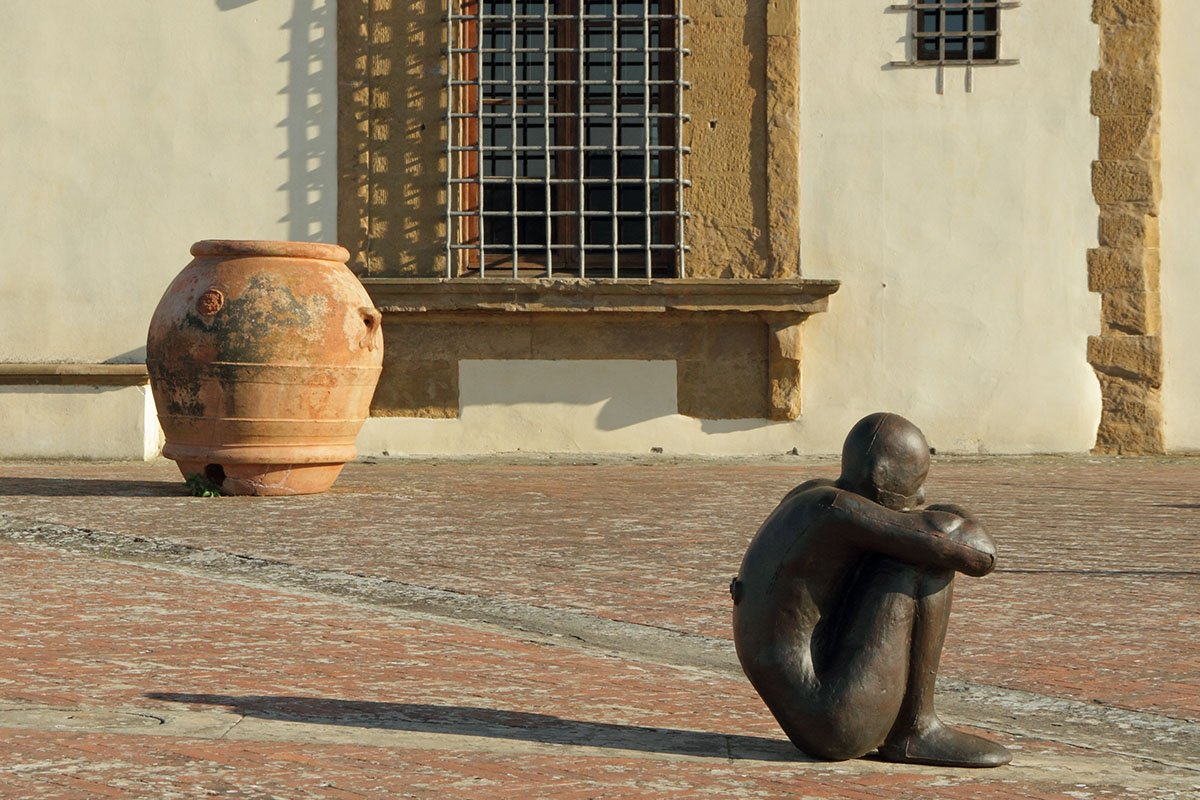 Scultura di Antony Gormley a Firenze Life&People Magazine lifeandpeople.it