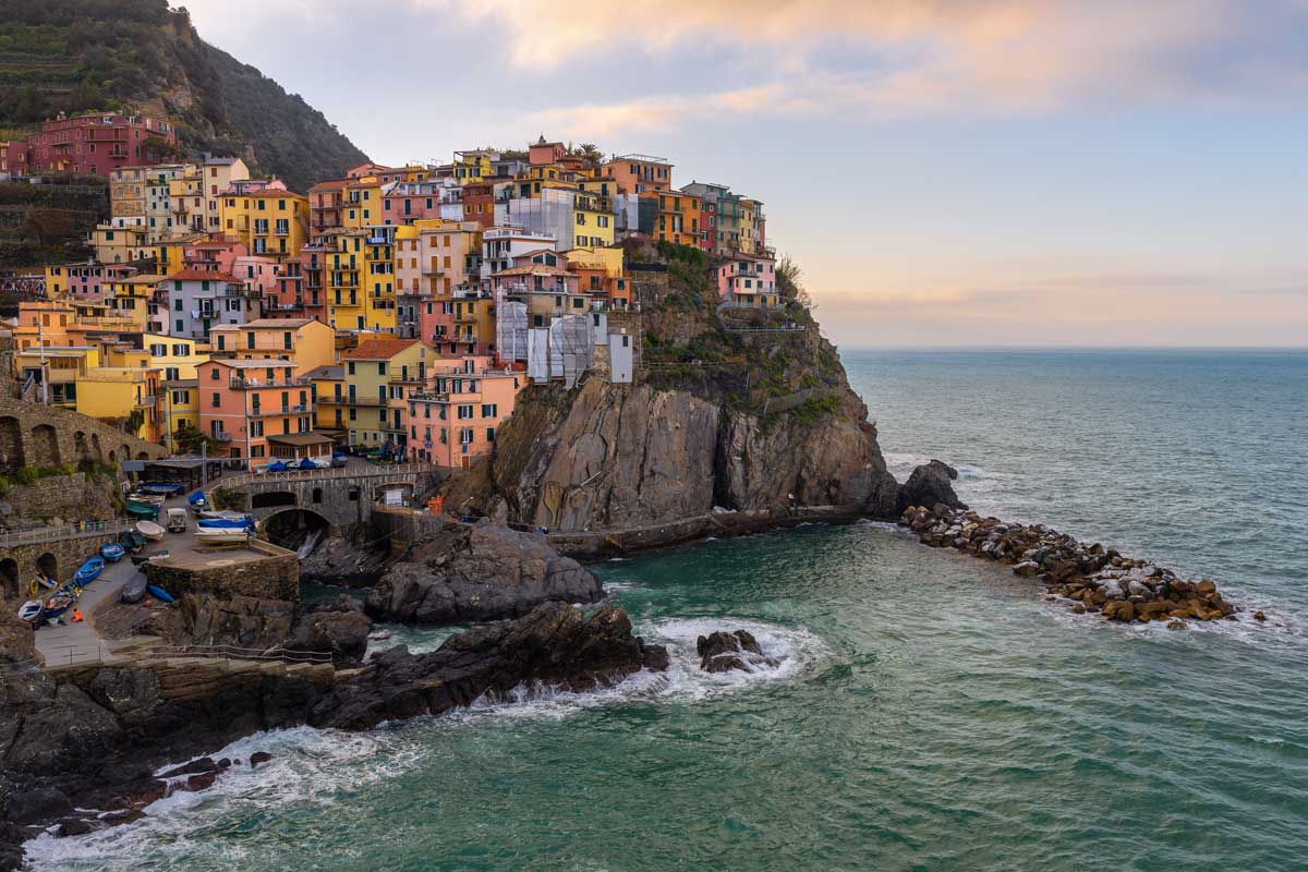 travel on the road Cinque terre Life&People Magazine LifeandPeople.it
