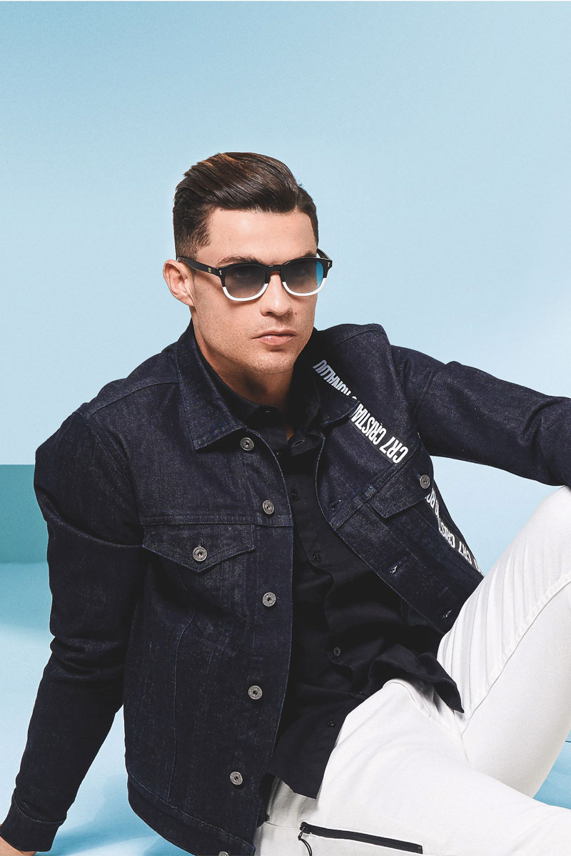 Cristiano Ronaldo occhiali CR7 Life&People Magazine LifeandPeople.it