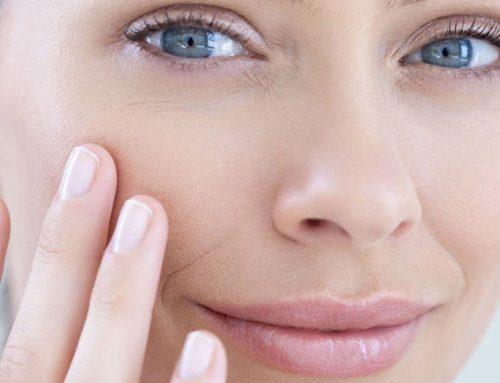 La beauty routine dell'estate è a base di vitamine, acqua, e sali minerali
