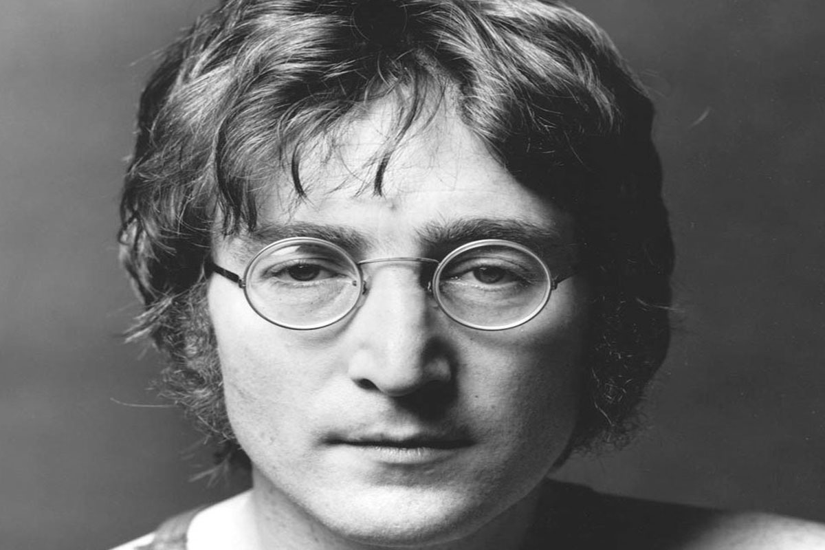 occhiali tondi John Lennon. Una tendenza tornata prepotentemente alla ribalta Life&People Magazine LifeandPeople.it