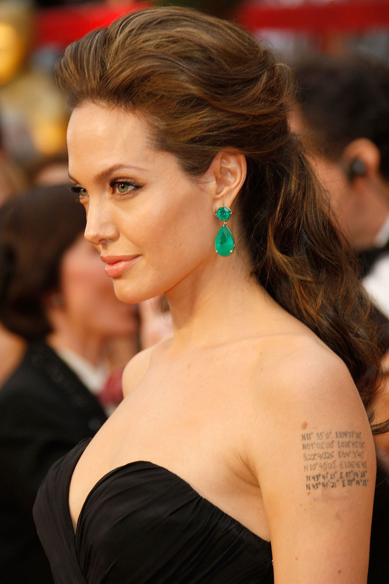 attrice famosa premio oscar 1999 Angelina Jolie Life&People Magazine LifeandPeople.it