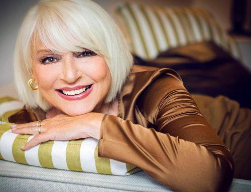 Auguri Loretta Goggi, la star della canzone e della tv