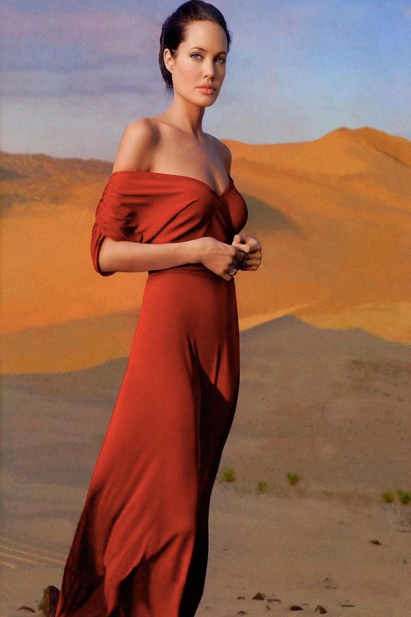 Angelina Jolie Life&People Magazine LifeandPeople.it