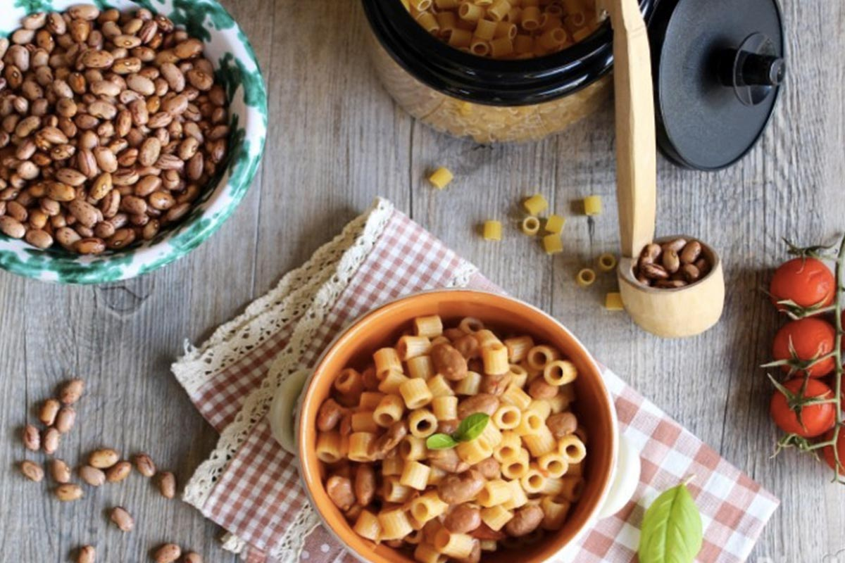 pasta e fagioli ricetta classica Life&People Magazine LifeandPeople.it