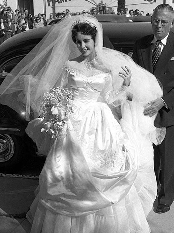 i più bei vestiti da sposa del mondo Liz Taylor Life&People Magazine LifeandPeople.it