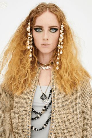 clip gioiello capelli Chanel Life&People Magazine LifeandPeople.it
