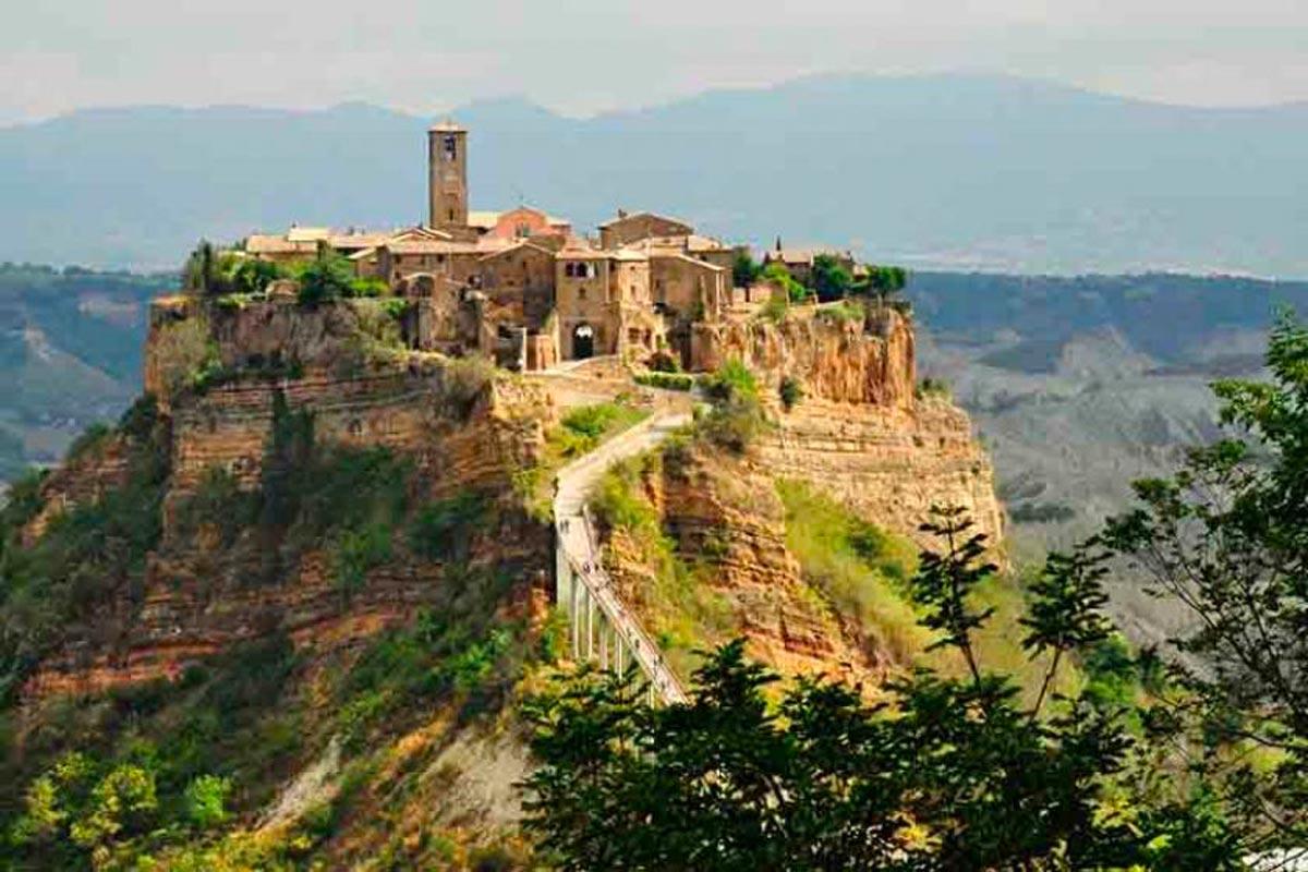 Civita di Bagnoregio Patrimonio Unesco Life&People Magazine LifeandPeople.it