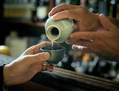 Tutto il fascino del sake in un tempio zen giapponese