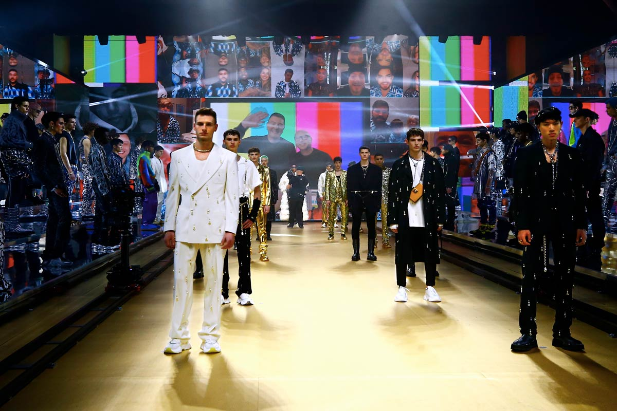 sfilata digitale dolce e gabbana runway finale ai 2021 2022 Life&People Magazine LifeandPeople.it