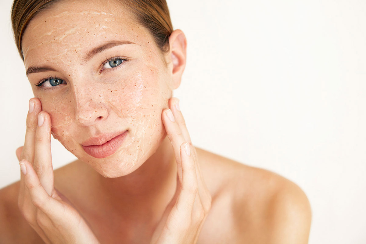 spazzole per pulizia viso e scrub Life&People Magazine LifeandPeople.it