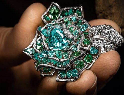 La collezione di gioielli RoseDior in memoria del Ballo della Rosa