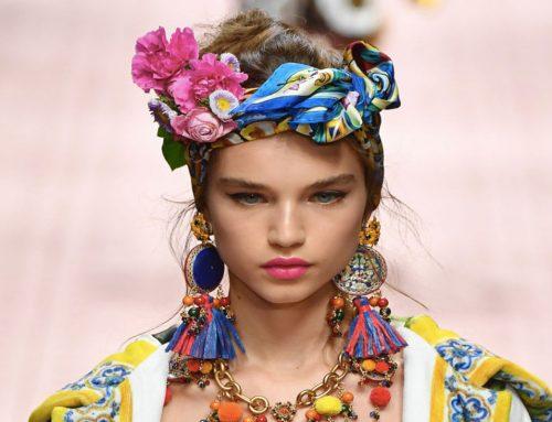 Accessori acconciature: dai fiocchi ai foulard per essere sempre alla moda