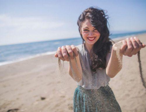 Gabriella Compagnone, il mondo in un granello di sabbia
