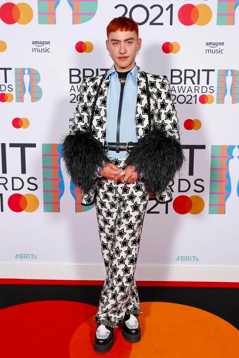 Look Brit Awards 2021 Life&People Magazine LifeandPeople.it