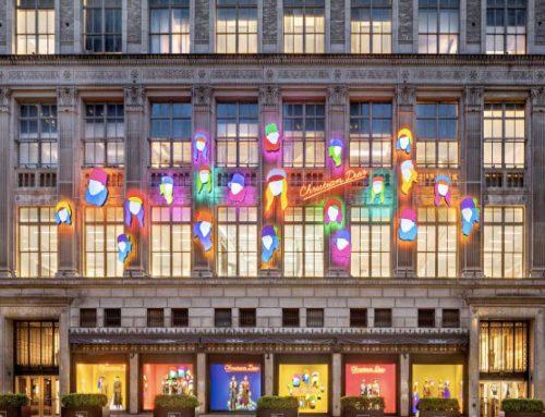 Le vetrine di Dior illuminate da Marco Lodola