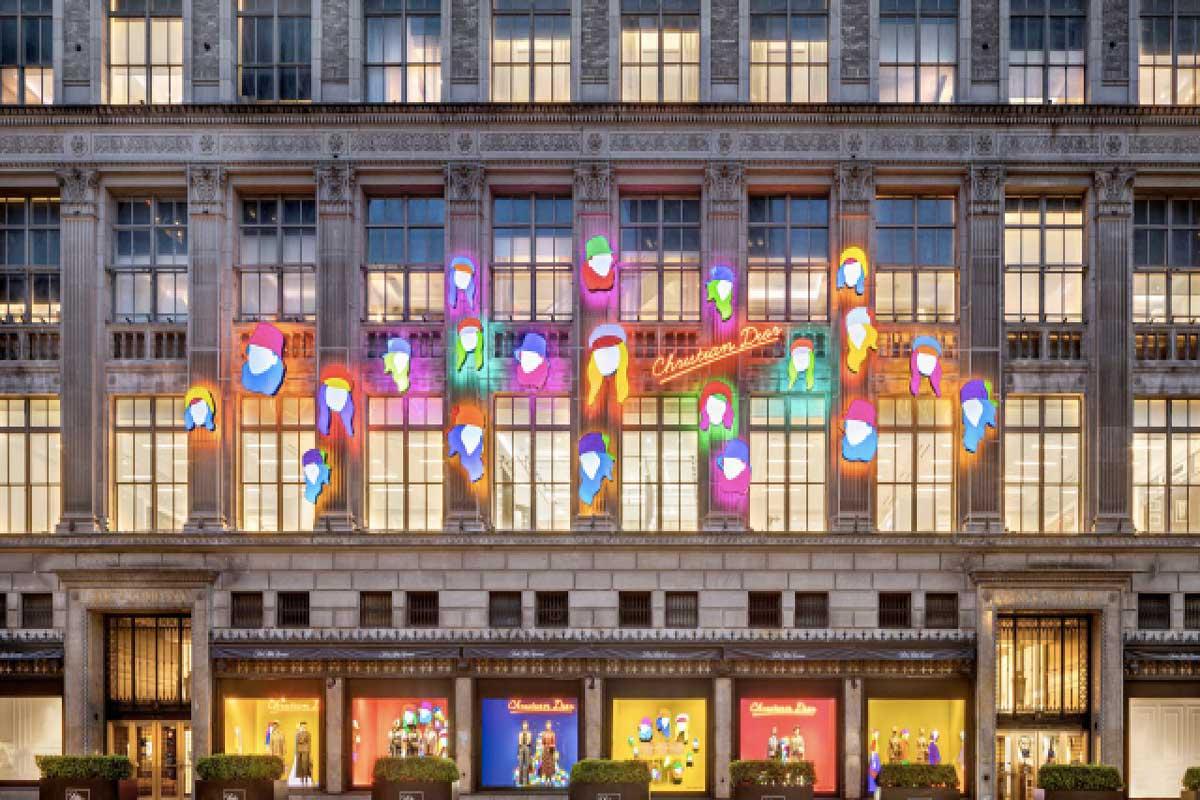 Dior vetrine Marco Lodola Life&People Magazine LifeandPeople.it