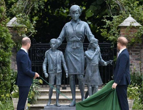 Lady Diana: l'inaugurazione della statua a Kensington Palace