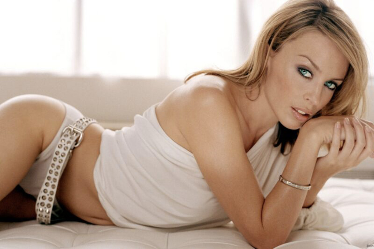 Can't get you out of my head Kylie Minogue Life&People Magazine LifeandPeople.it
