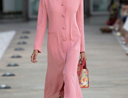 Laura Biagiotti: gli abiti romantici che celebrano il futurismo