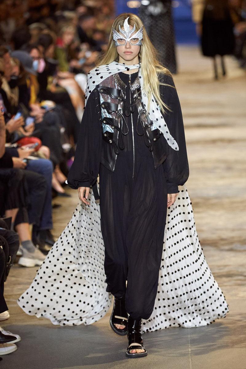 sfilata Louis Vuitton Primavera Estate 2022 PFW Life&People Magazine