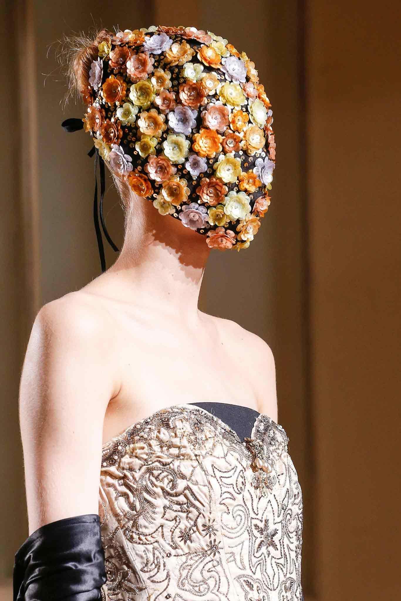 tendenza moda maschera gioiello Life&People Magazine